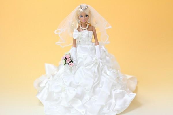 913-8077バービー人形のリアルウェルカムドール