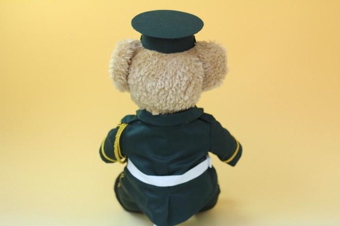ダッフィーのミニチュア制服後ろ